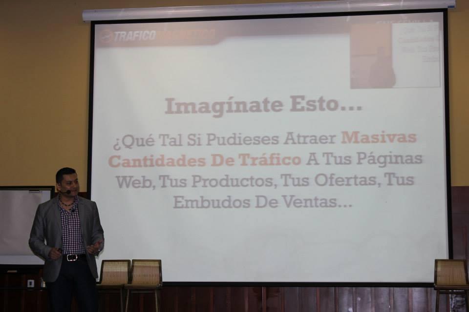 Gus Sevilla en Los Maestros del Internet 2014